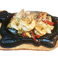 Gambas sauce saté ou poivre et sel ou flambées