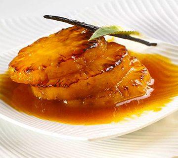 Ananas flambés au caramel ou au chocolat